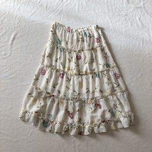 Vintage skirt floral white embroidery small